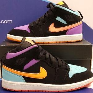 Air Jordan 1 Mid Candy Kids Size 3y
